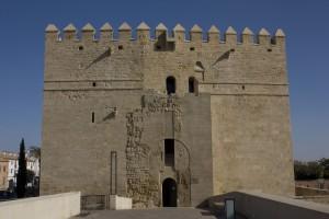 Córdoba-Puente_Romano-Torre_de_La_Calahorra-20110917